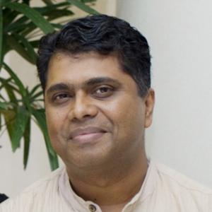 Dr. Avvari V. Mohan